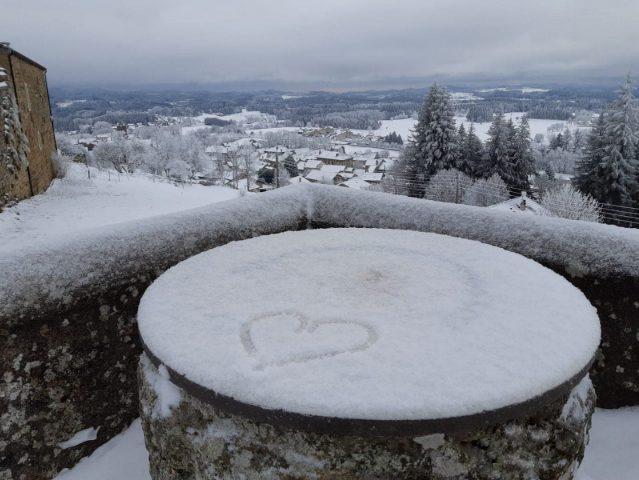 Le Mont Chiniac sous la neige